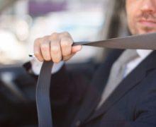 Poarta centura de siguranta fie ca esti sofer sau pasager